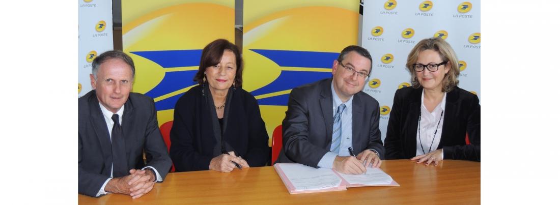 Le Groupe La Poste et sa Fondation d'Entreprise soutiennent la politique de numérisation de la Cité