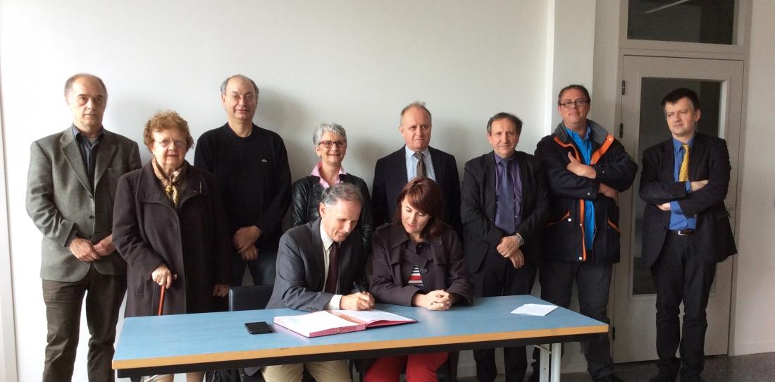 Signature de la convention entre la Cité de la tapisserie et la Pépinière 2Cube à Aubusson