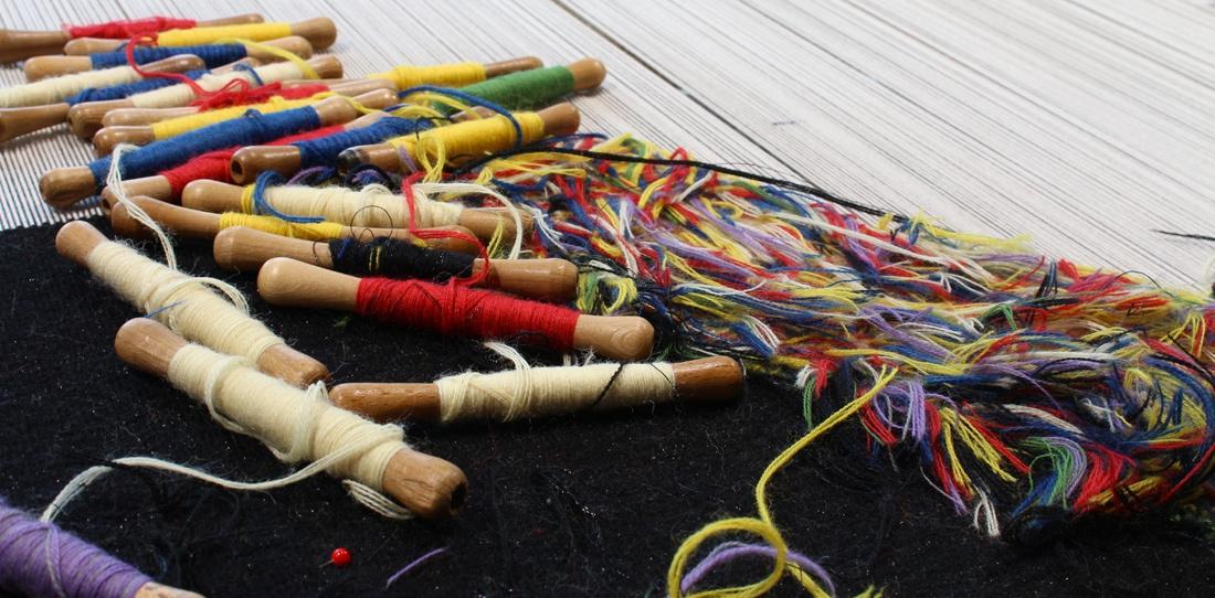 Sans Titre, Mathieu Mercier, weaving in progress, Daniel Bayle for Legoueix workshop, 2013
